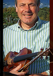 Ian Hardie - Classically Trained Fiddle Musician Soloist & Composer based in the Highlands of Scotland